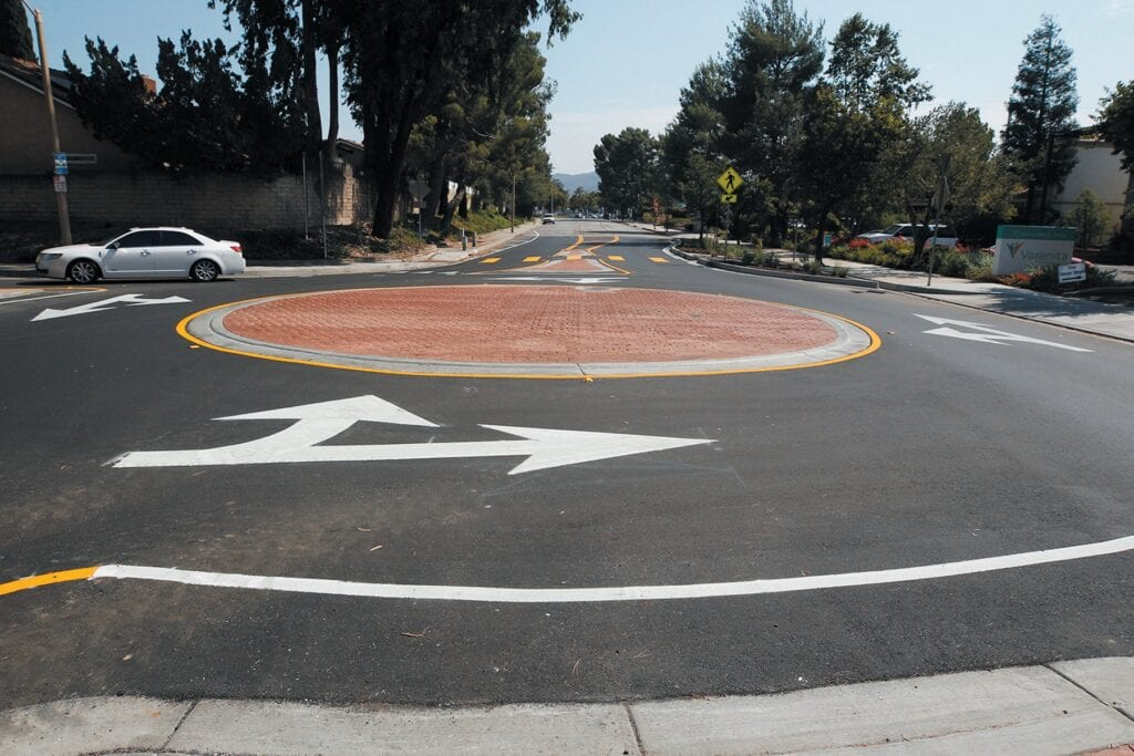 Going the rounds: New traffic circle gets mixed reviews | Thousand Oaks  Acorn