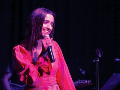 Family, faith helped singer overcome loss of her dad
